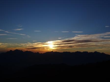 San Pellegrino in Alpe Tramonto sulle Alpi Apuane