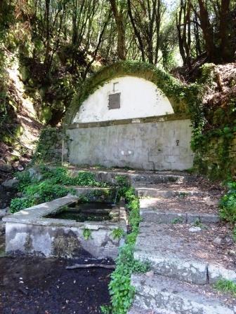 Anello Campiglia-Schiara-Monesteroli-Fossola - Fontana di Nozzano