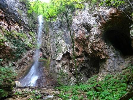 Breonio Sentiero Fasoli cascata di Eva