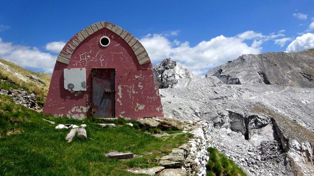 Toscana Alpi Apuane Bivacco Aronte Passo Focolaccia