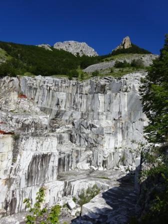 Pizzo d'Uccello Cava di marmo Val Serenaia