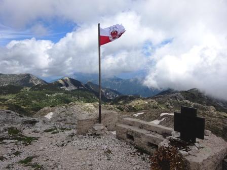 Pasubio Dente Austriaco monumento
