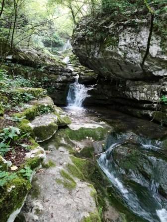 Valsorda cascate Rio Mondrago
