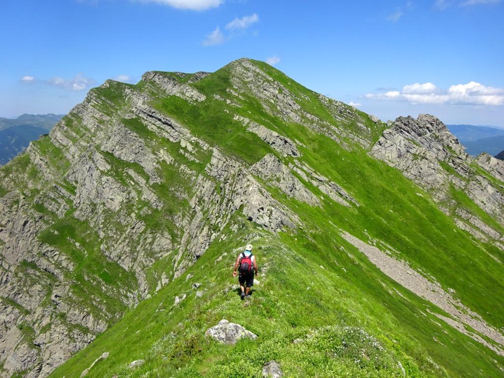 Passo del cerreto cresta monte alto