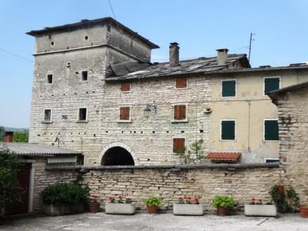 Spiazzi di Sant'Anna casa torre