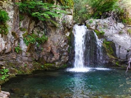 Sentiero delle Cascate cascata del Rioo