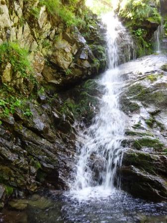 Sentiero delle Cascate cascata Sassorso