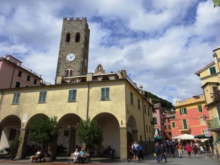 Monterosso piazzetta