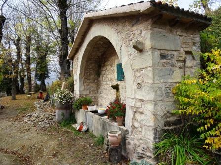 Lavatoio di Casa Gigli (Castellino di Riolunato)