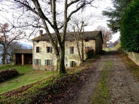 sentieri di Prignano, Casa Achille