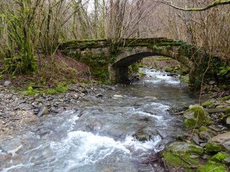 sentieri Bedonia Rio Gelana secondo ponte di Maria Luigia