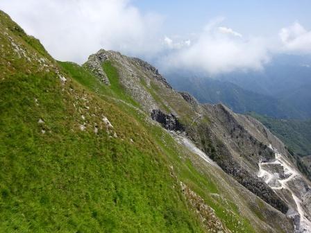 Giro del Monte Sagro Cima delle Serre