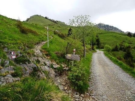 bivio sentieri Pizzo Formico Rifugio Parafulmine