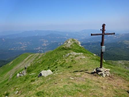 Monte Casarola croce vetta