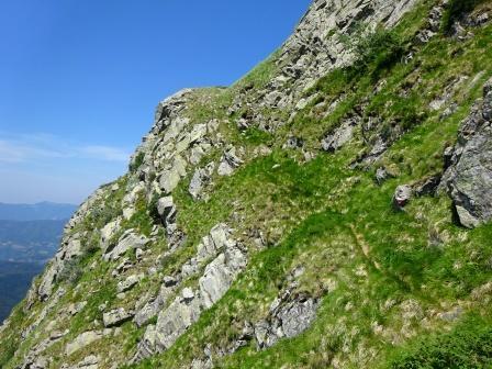 Alpe di Succiso Sentiero Barbarossa cengia